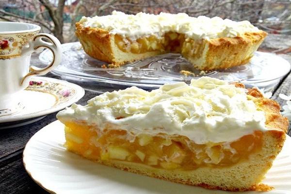 Невероятно ароматный и опьяняющий яблочный пирог