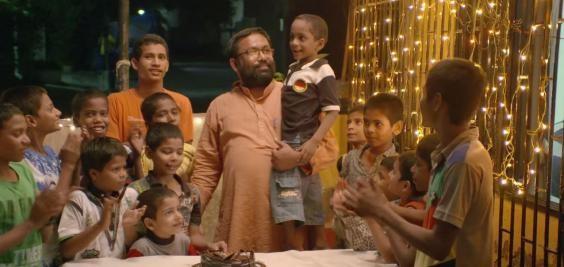Как всё началось?  вич, добрые люди, индия, отец герой, усыновление детей