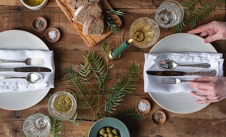 От классики до арта: идеи праздничной сервировки стола Стиль жизни,Еда и рецепты