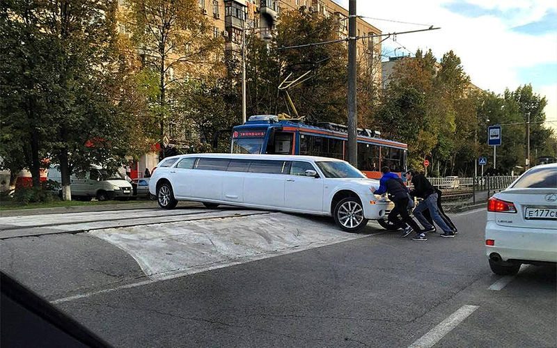 Какой дорожный просвет нужен в городе?