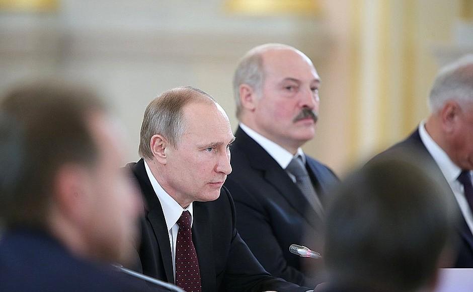 Как Лукашенко будет взаимодействовать с «новым» президентом России?