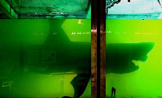 5 случайных находок в заброшенных домах: в стене прятали резервуар с водой