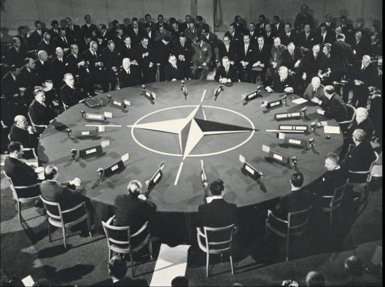 Как США не дали Советам всту…