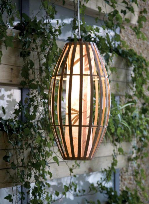 Бамбук достаточно популярный материал, который используется в интерьере помещений разных стилей.