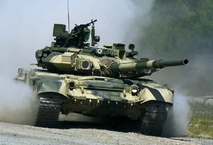 2222299_tank (700x477, 260Kb)