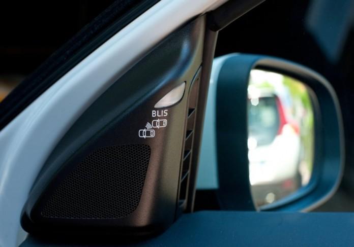 Полезны ли современные системы безопасности в автомобилях