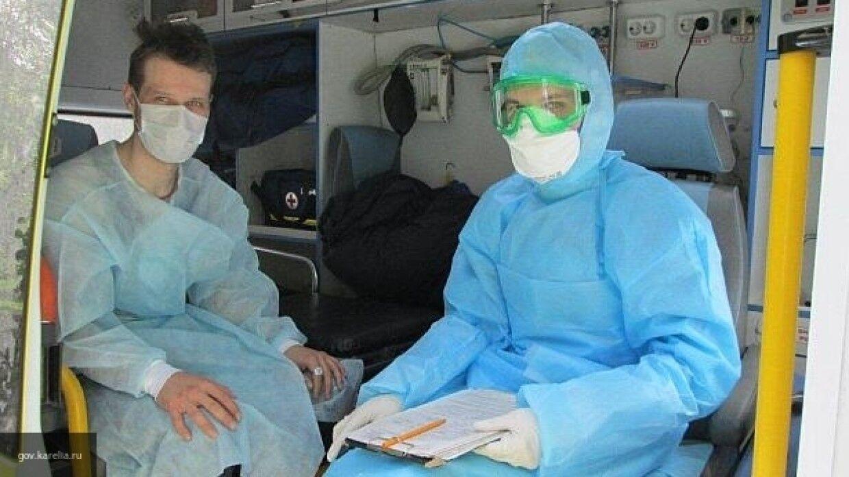 Правительство РФ выделило 320 млн рублей на премии борющимся с COVID-19 врачам