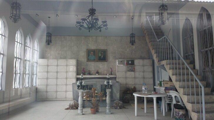 Это не гостиная какого-нибудь дома, а семейный мавзолей в Маниле страны, факты, это интересно