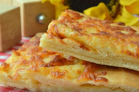 Сыра много не бывает. Эти хачапури безумно сытные и аппетитные