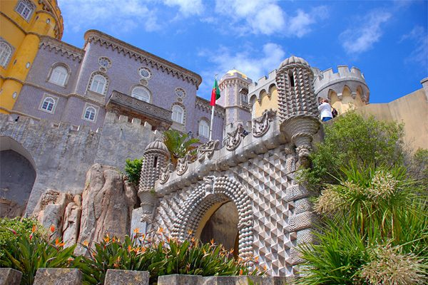 Уникальный дворец Пена в Португалии дворцы,Европа,Португалия