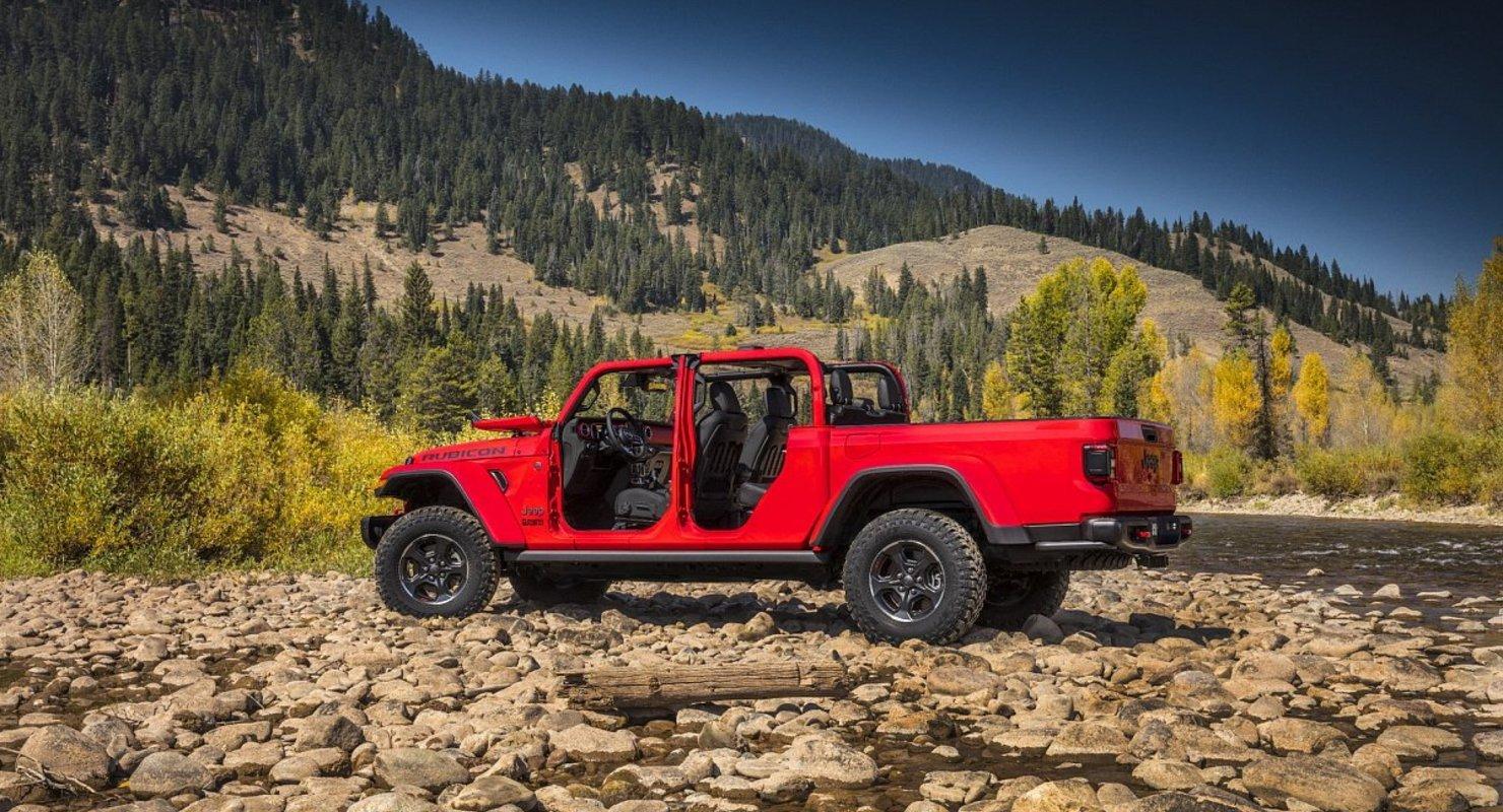 Бренд Jeep поделился безобидной фотографией нового внедорожника Jeep Gladiator 4xe Автомобили