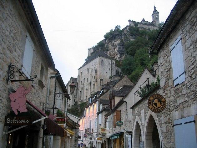 Город Рокамадур во Франции
