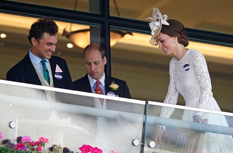 Близкий друг принца Уильяма женился на учительнице принцессы Шарлотты Монархи,Британские монархи