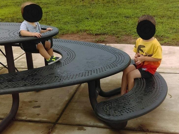Когда скамейка становится произведением искусства