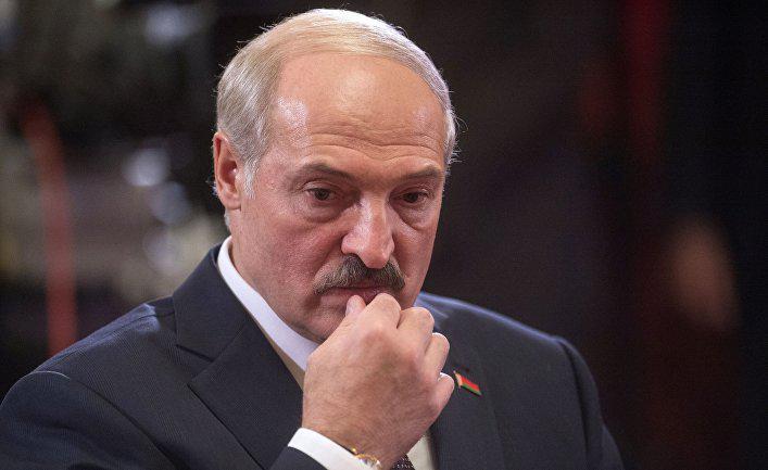 Иллюзии Лукашенко разбились: в России прокомментировали реакцию Запада на митинг в Минске