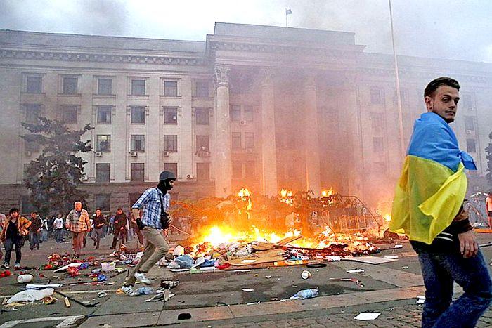 «Патриоты»  приветствуют сожжение одесситов: «Мы освободили город от русского дерьма»