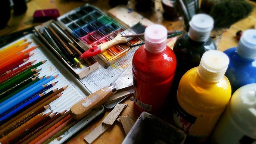 В библиотеке на улице Клары Цеткин откроется выставка картин молодых художниц