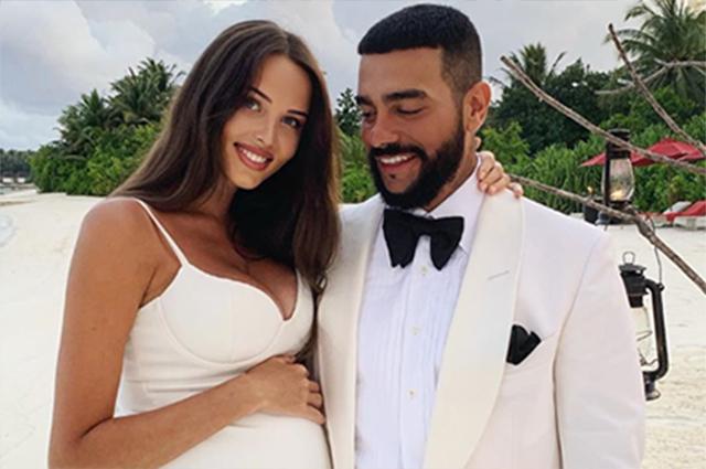 Тимати отметил 36-летие с мамой, дочкой и беременной Анастасией Решетовой Звездные пары