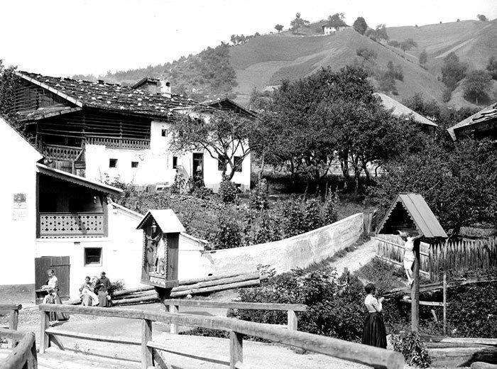 Придорожные святыни, Австрия ХХ век, винтаж, восстановленные фотографии, европа, кусочки истории, путешествия, старые снимки, фото
