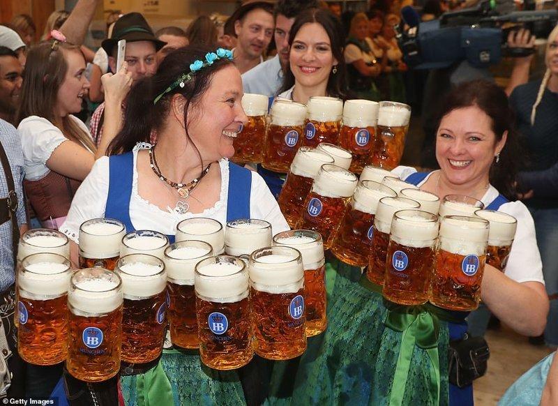 Пиво подают только проверенное, от известных пивоварен ynews, бавария, гуляния, мюнхен, октоберфест, октоберфест 2018, пивной фестиваль, пиво