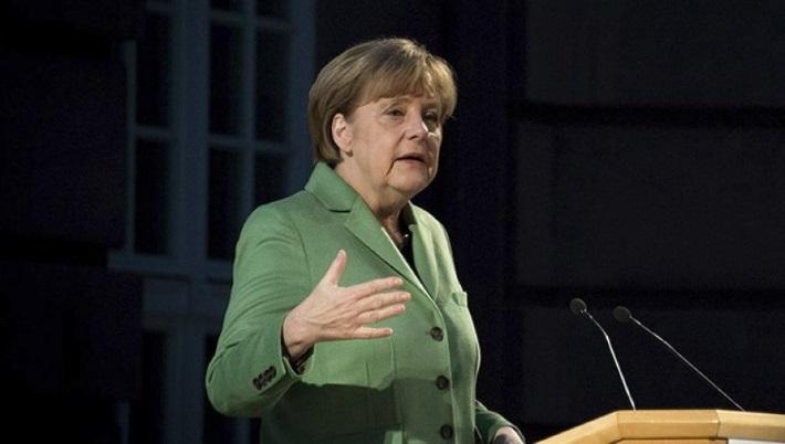 Немецкие СМИ: судьба Меркель определится на ЧМ-2018 в России