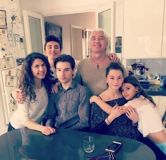 Как сейчас живёт семья Дмитрия Хворостовского спустя 2 года после его ухода celebrities,Дмитрий Хворостовский,концерт,наши звезды,певец,фото,шоубиз
