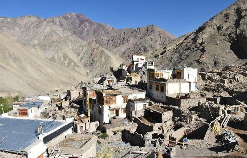 Жизнь вне цивилизации: жители деревни в Гималаях пользуются электричеством 3 часа в день Ладакх, Рамбак, гималаи, горная деревня, жизнь в Индии, жизнь вне цивилизации, индия, экзотика