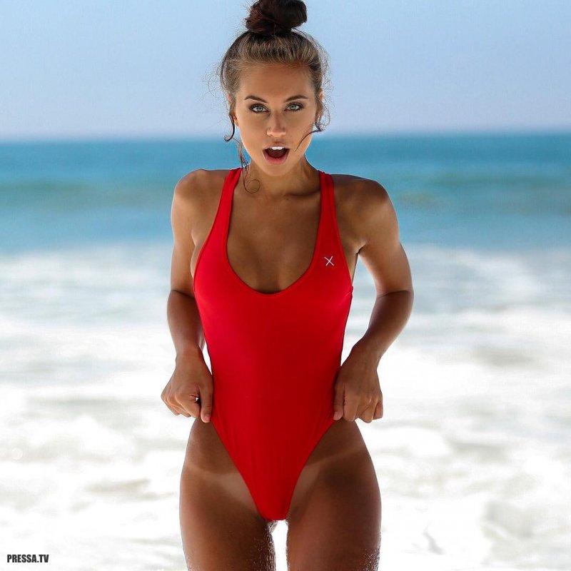 Funny tan lines beautiful girls
