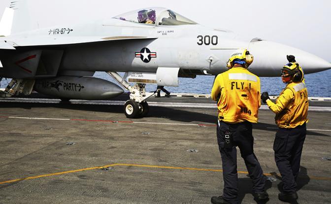 США: Сначала уничтожим русскую базу, потом добьем их войска