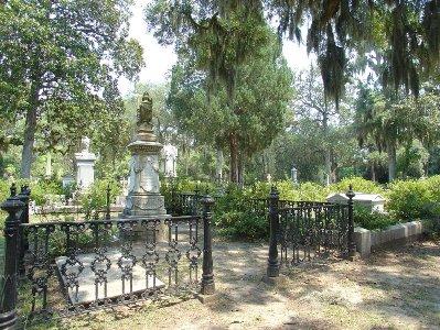 МИР ВОКРУГ. Город мертвых: 10 самых красивых кладбищ мира