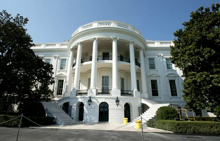 Белый дом хранит не только президентов США, но и следы боевых действий. /Фото: billionnews.ru