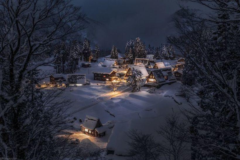 Фотограф запечатлел красоту японской зимы в сказочных снимках
