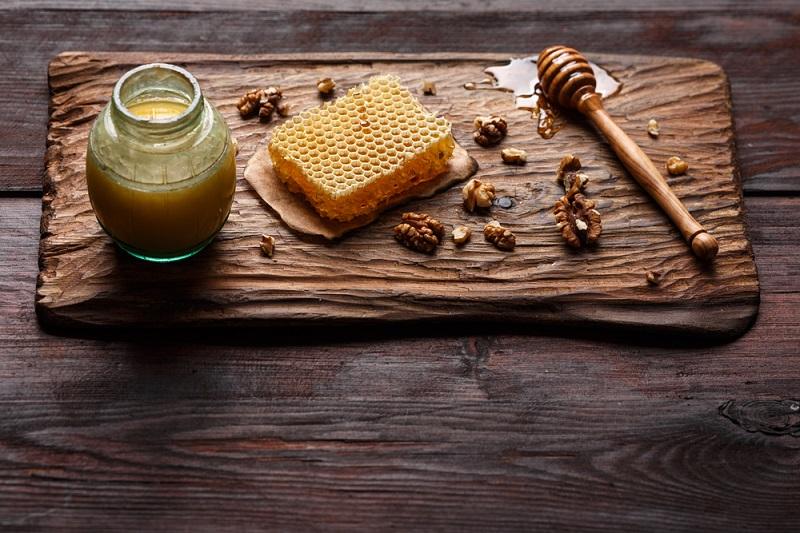польза воды с медом и корицей