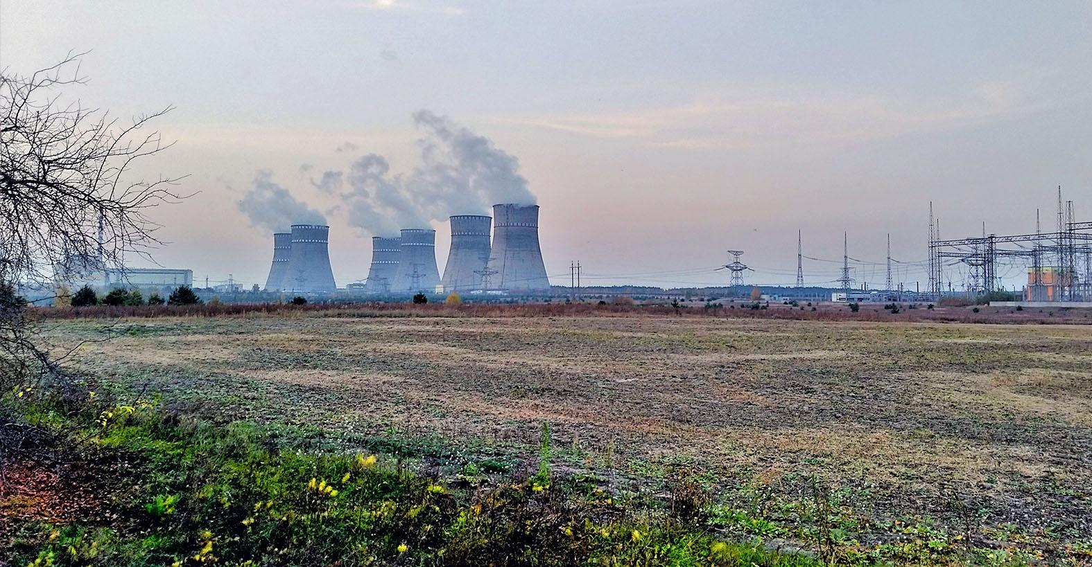 На Украине готовят новый Чернобыль: Кому достанется в первую очередь украина