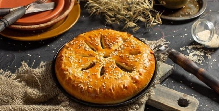Пышный дрожжевой пирог с печенью и луком: лучший выбор