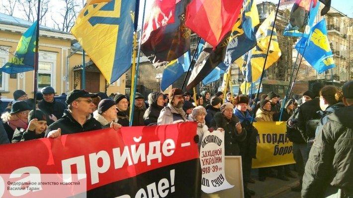 «Москальские оккупанты»! Русский город - благодатная почва для нацистов и политических гамадрил. Как и почему Харьков остался украинским