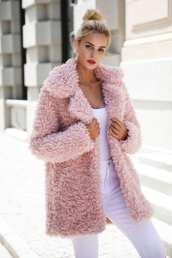 розовый искусственный мех