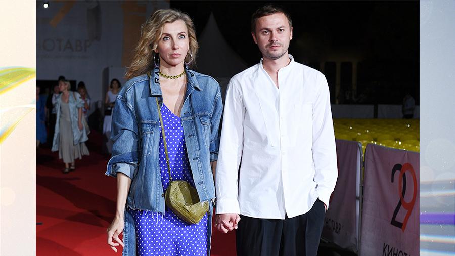 Бондарчук и Гигинеишвили представили новых возлюбленных, Питт никак не может определиться, Казаченко избил бывшую жену, а Валерия и Пригожин обвенчались