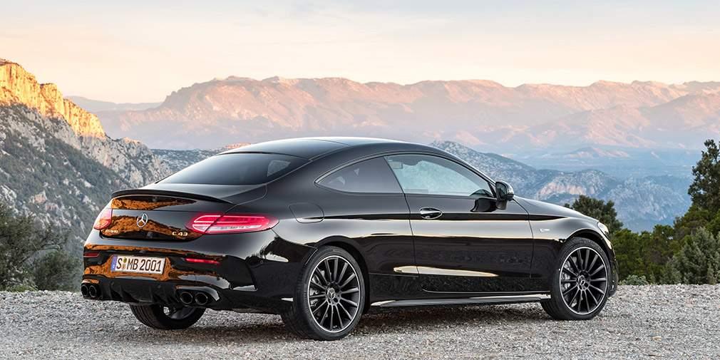 Рассекречены обновленные купе и кабриолет Mercedes-Benz C-Class