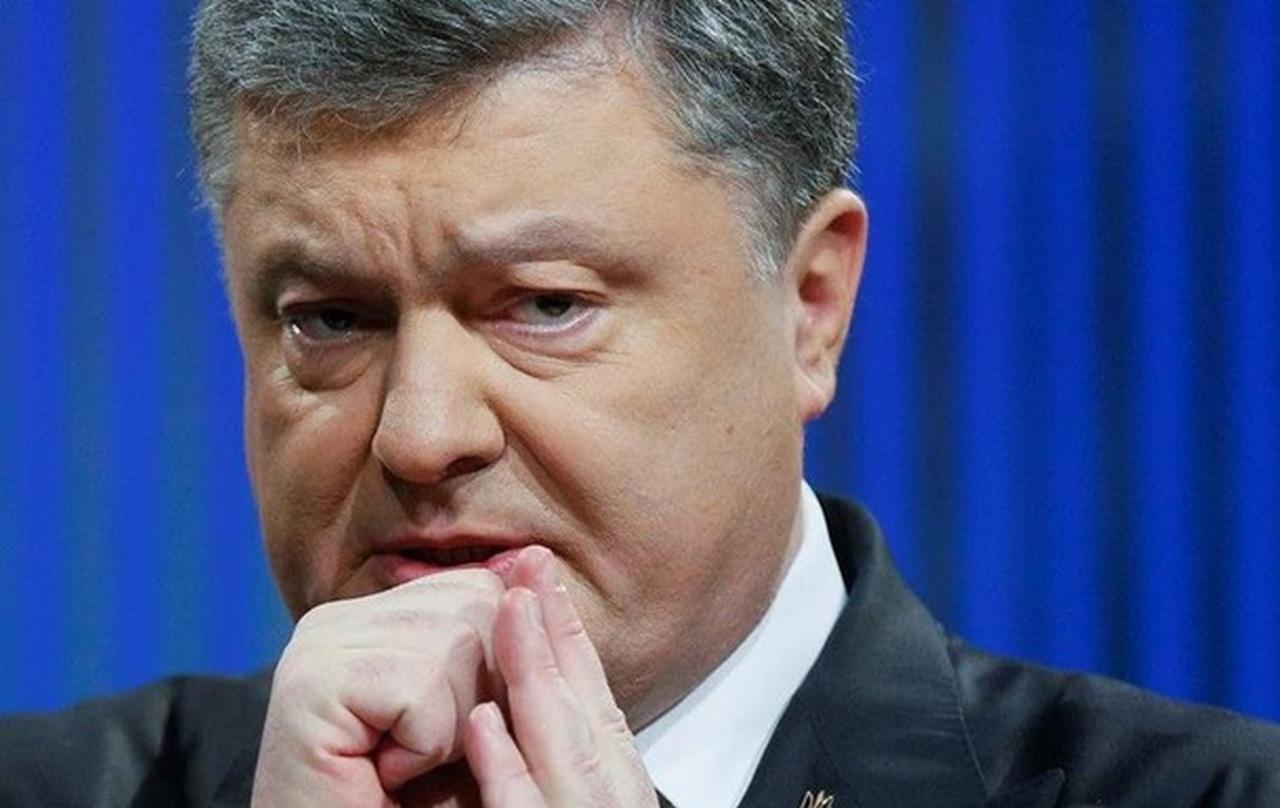 Порошенко узаконил независимость Донбасса