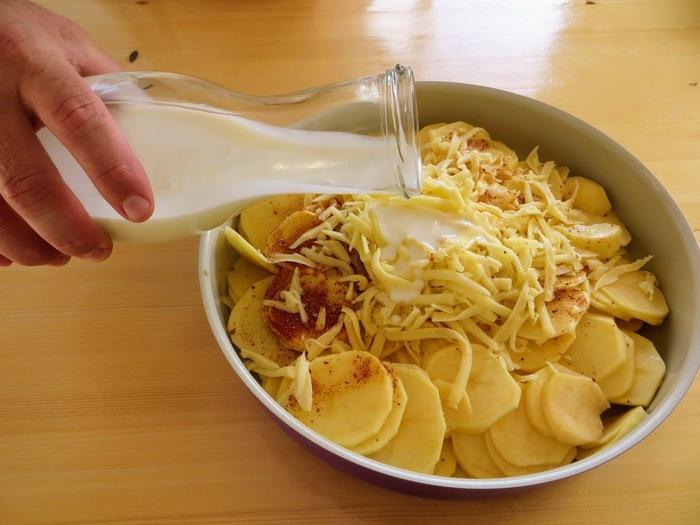 Картофель запеченный в кефире Кулинария, Рецепт, Другая кухня, Вкусно, Запеченный картофель, Готовим дома, Видео рецепт, Видео, Длиннопост