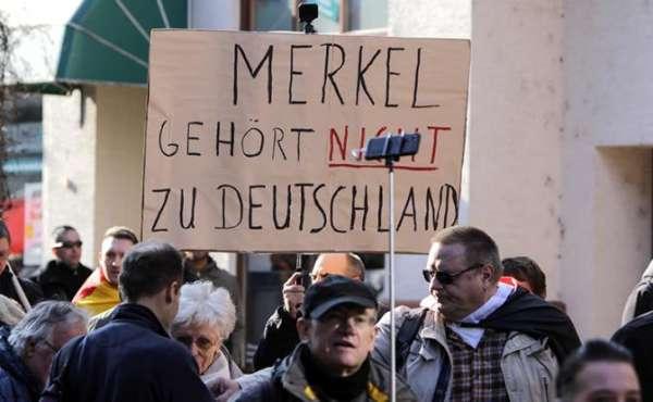 Немцы в шоке: Меркель разрешила мигрантам насиловать и убивать их детей новости,события,общество