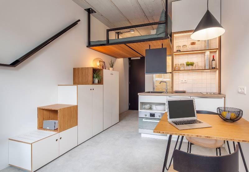 Внутри комнаты студенческого общежития в Нидерландах