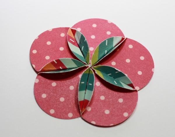 Цветы из бумаги своими руками с помощью дыроколов для скрапбукинга бумаги, цветы, цветов, лепестки, своими, можно, дырокол, помощью, лепестков, складывать, понадобится, цветка, чтобы, серединку, краям, пройдитесь, размеров, диаметр, штемпельной, работы