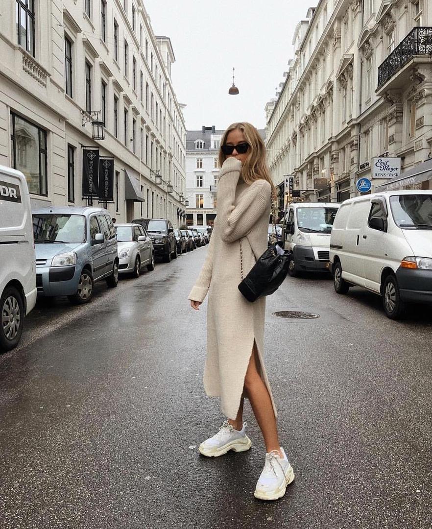 Какие платья лучше всего сочетаются с обувью без каблука