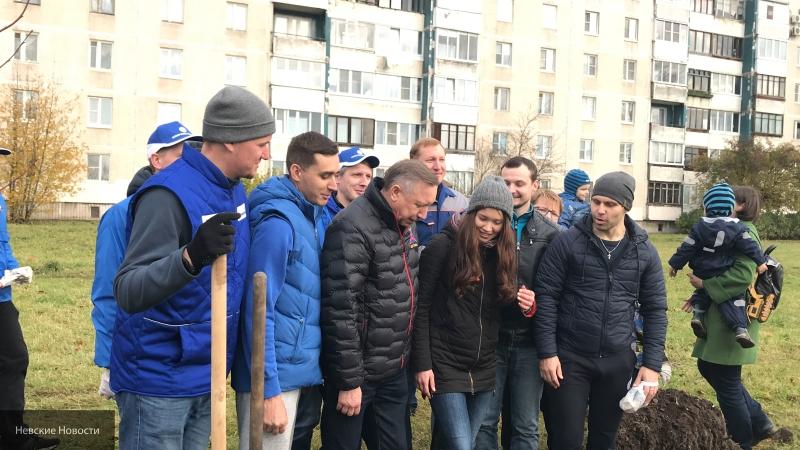 """Беглов  заявил, что число остановок автобуса № 330 до метро """"Шушары"""" будет увеличено"""