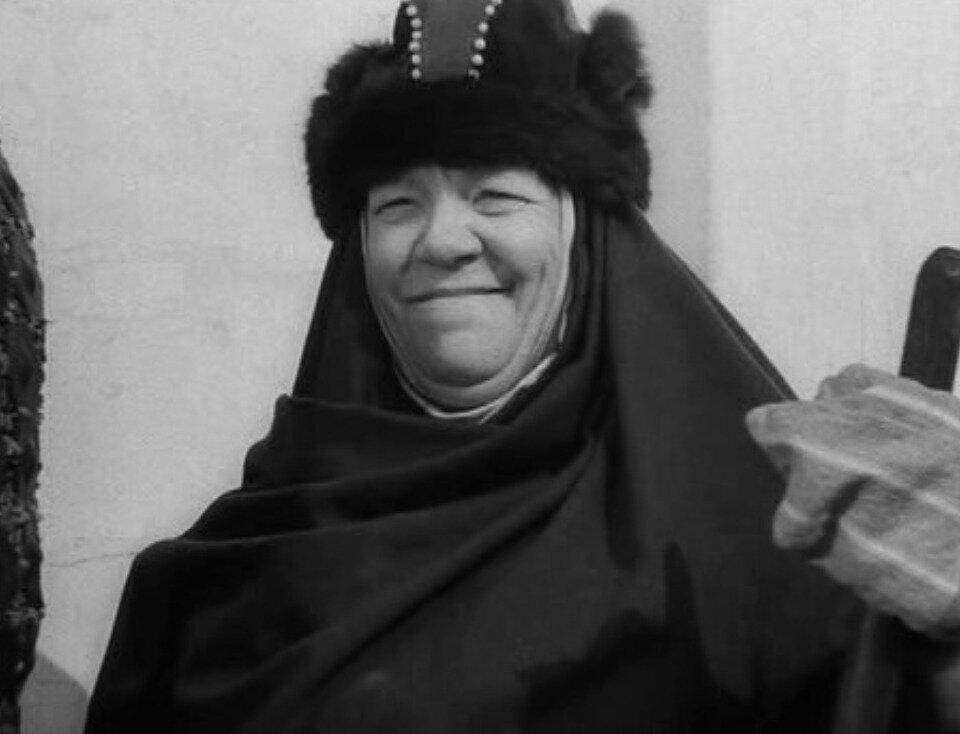 Колоритная бабушка сталинского кино Варвара Массалитинова история кино,кино,киноактеры,кинохроника,культура и искусство,легенды мирового кино,моровой кинематограф,ностальгия,отечественные фильмы,СССР,театр,художественное кино