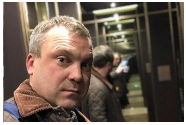 Телеведущий шоу «60 минут» и муж Скабеевой Евгений Попов может выдвинуться в Госдуму от ЕР