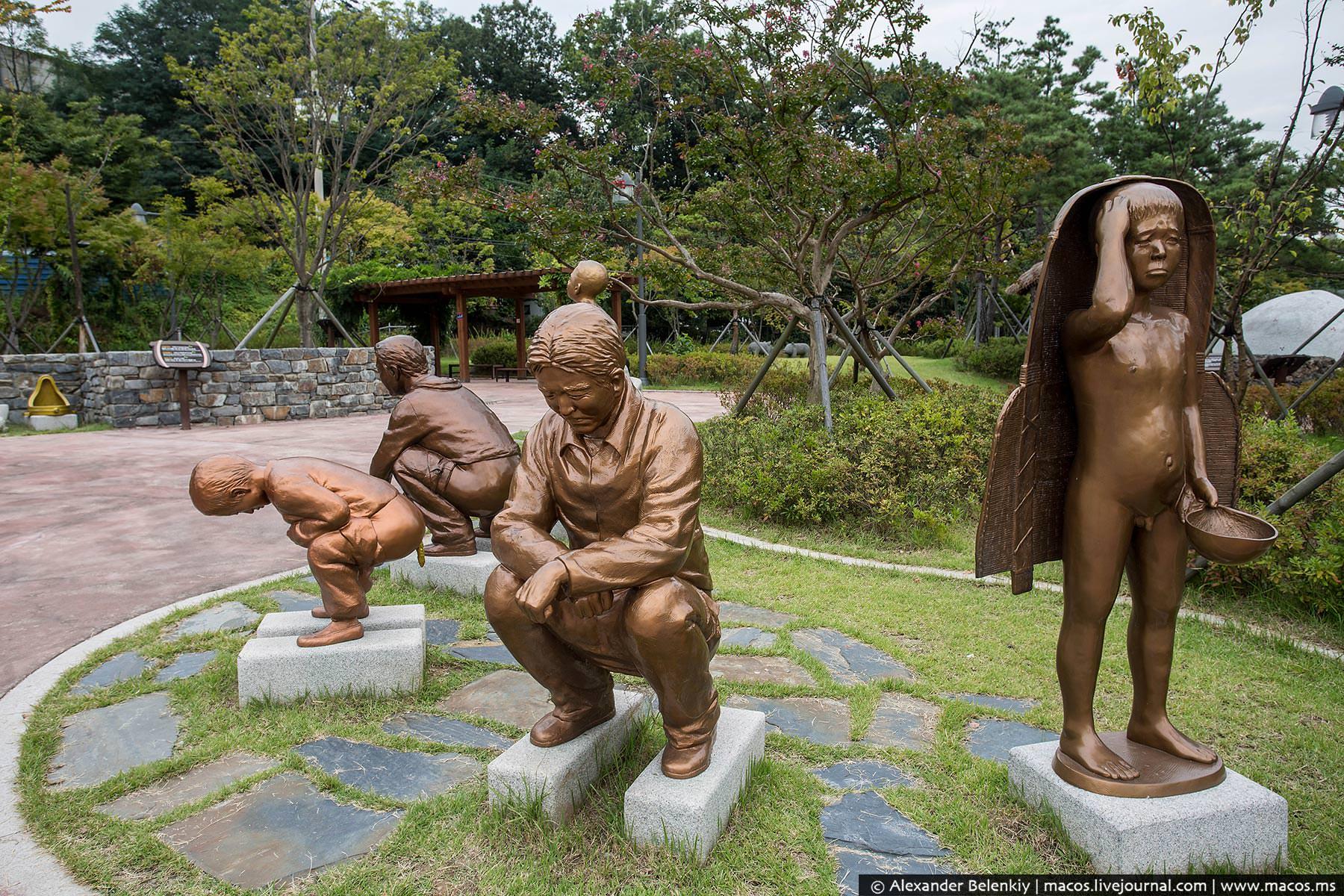 """Парк какашек в Южной Корее туалеты, другие, одном, каждого, туалетная, удобные, туалетов, Будьте, рядом, точно, выглядят, разных, уверены, существует, воспитатель, покакало""""12, своего, Первоклассники, Серьёзно, учителя11"""