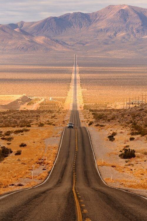 Подумать о былом и помечтать о будущем дороги, какой большой мир, красота, умиротворение, фотомир